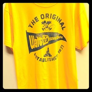 Walt Disney World Yellow Tee Sz. L Nostalgia like
